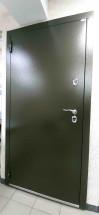 Входная дверь Фортеза Хаски 4   Встроенная система обогрева двери